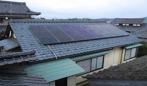 O様邸太陽光発電システム設置例