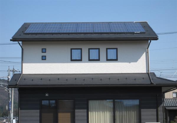 H様邸太陽光発電システム設置例