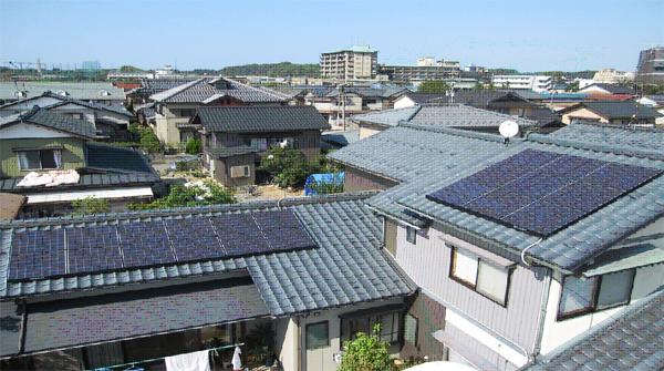 T様邸太陽光発電システム設置例